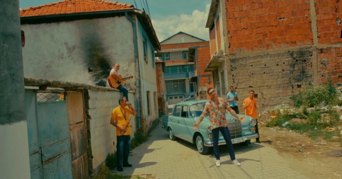 Robert Berisha publikon këngën e re  Pa ty   sjell skena interesante në klip