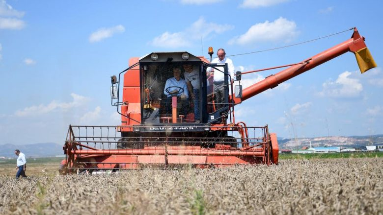Thaçi: Do të jemi gjithmonë pranë fermerëve