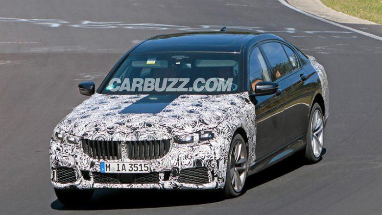 BMW 7 Series shfaqet me grillin gjigant, gjatë fazës testuese në pistë (Foto)