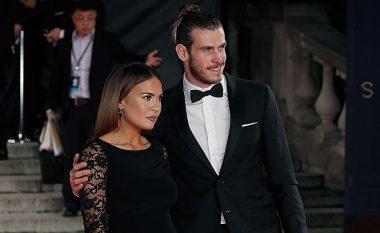 Problemet në familjen e të fejuarës bëjnë që Gareth Bale ta shtyjë martesën për vitin e ardhshëm