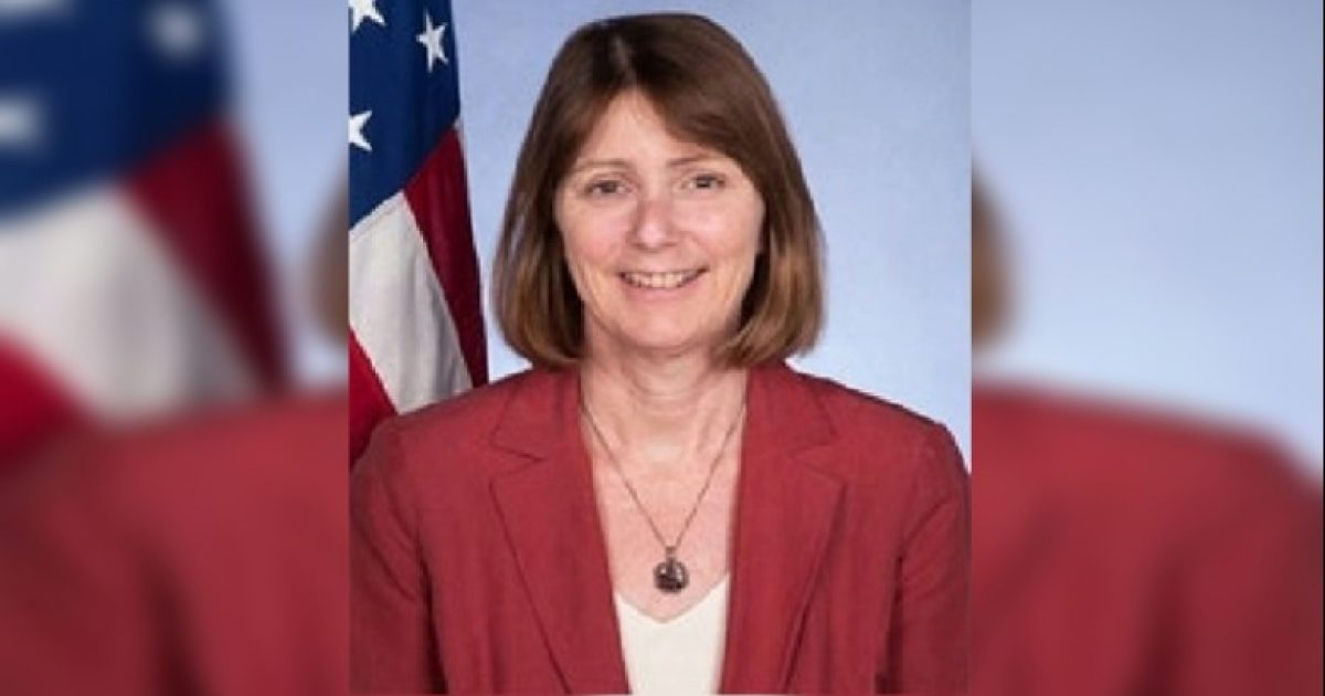 Trump propozon Kathleen Ann Kavalec ambasadore të re në Shqipëri