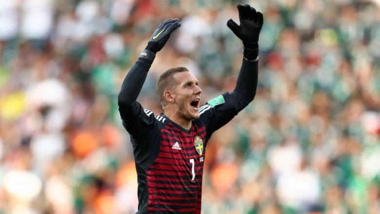 Robin Olsen duke festuar golin ndaj Meksikës në Botëror (Foto: Getty Images)