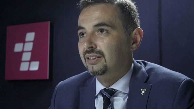 Ministri Lluka raporton për gjendjen në Postën e Kosovës