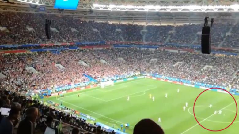 Anglezët tentuan të shënonin në portën e zbrazët kur kroatët gëzoheshin pas golit të Mandzukic