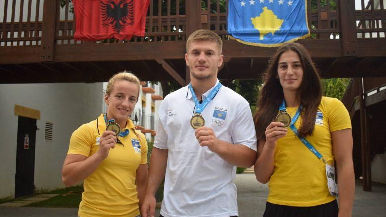 Kosova fitoi tri medalje të arta dhe një të argjendtë në Tarragona, por flamuri i Kosovës mungon në faqen zyrtare