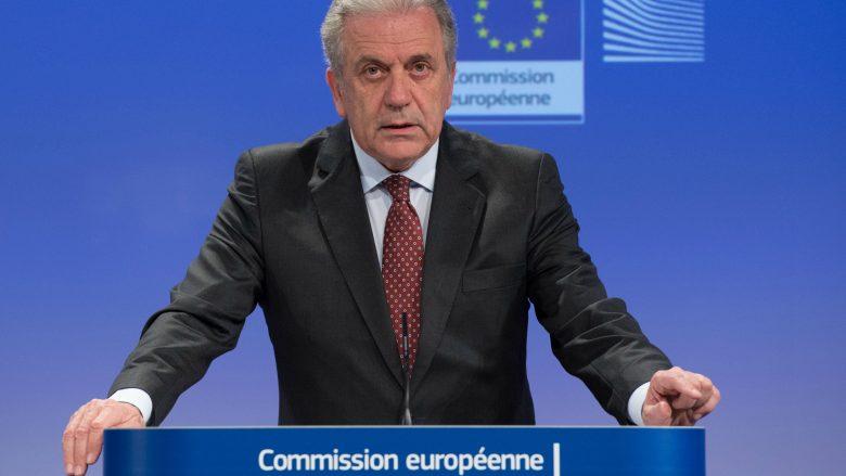 Avramopoulos: Kosova ka përmbushur kriteret për liberalizimin e vizave