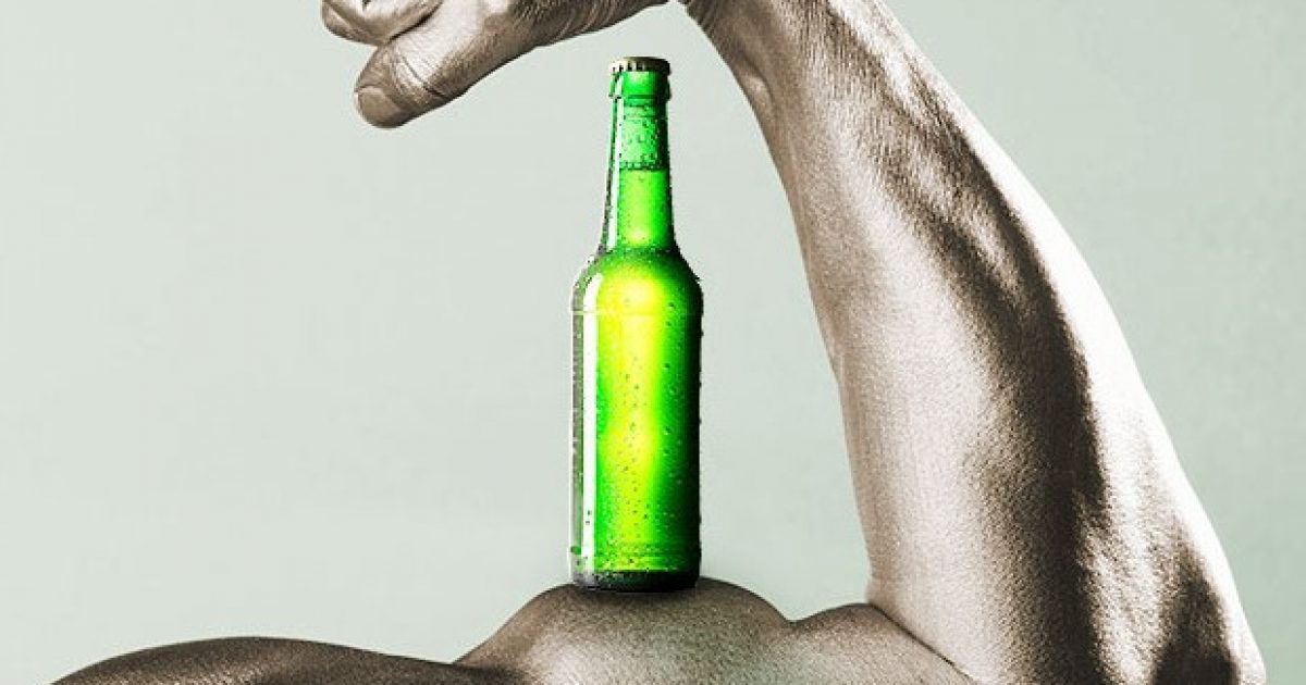 A guxoni të konsumoni birrë pas stërvitjes?