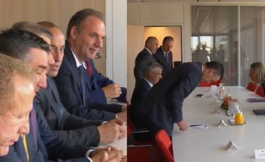 """Komunikimi i delegacionit kosovar në prani të Mogherinit në Bruksel: """"Hajde bac, hajde!"""""""