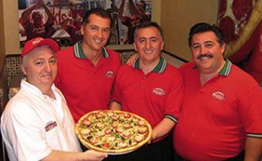 Ata nuk e harruan kurrë vendin e tyre - Familja Kolaj, nga Italia në SHBA, për rrjetin botëror të picerive Famous Famiglia, deri te kontributi për të debuarit e luftës