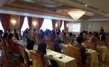 Bizneset diskutojnë rreth mundësive për shërbimet konsulente dixhitale