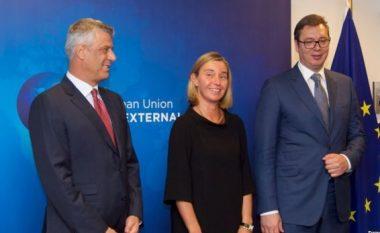 Analistët serbë: Intensifikimi i takimeve, shpresë për marrëveshje të shpejtë për Kosovën