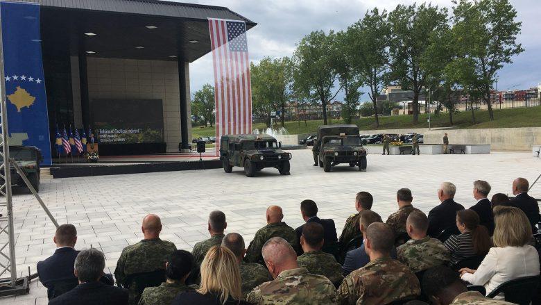 FSK pajiset me automjete ushtarake të prodhuara në SHBA