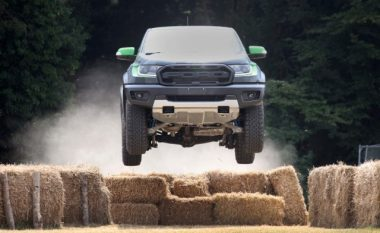Ford Ranger Raptor vjen me ndërrues prej 10 shpejtësive (Foto/Video)
