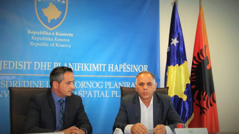 Hani i Elezit mbështetet nga Ministria e Mjedisit me 50 mijë euro për largimin e azbestit