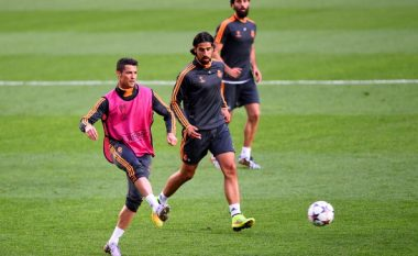 Khedira: Mezi po pres të fillojmë sezonin e ri dhe të luaj përsëri me Ronaldon