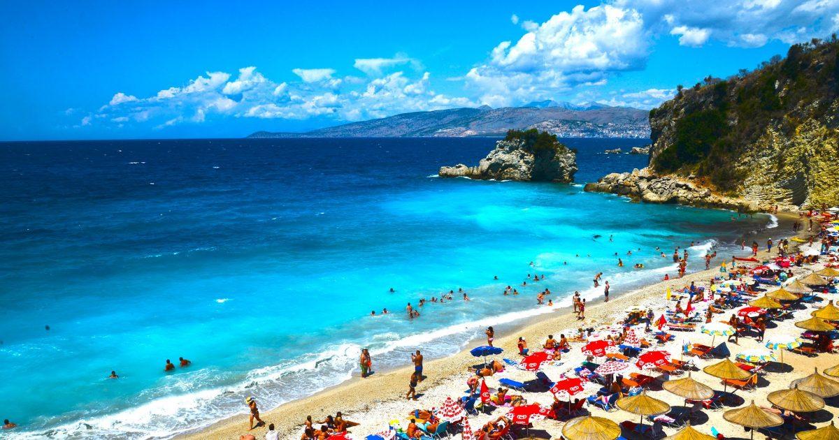 Huffington Post rendit Shqipërinë ndër pesë destinacionet për pushime në shtator