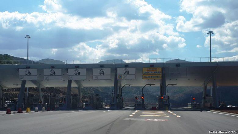 Taksa rrugore mund t'i dërgojë bizneset për në Maqedoni