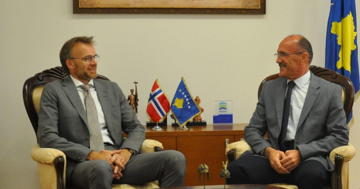 Ministri Gashi priti në takim ambasadorin e Norvegjisë