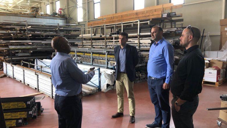 Vizita e Klubit të Prodhuesve të Kosovës dhe përfaqësues të EYE në disa nga fabrikat prodhuese