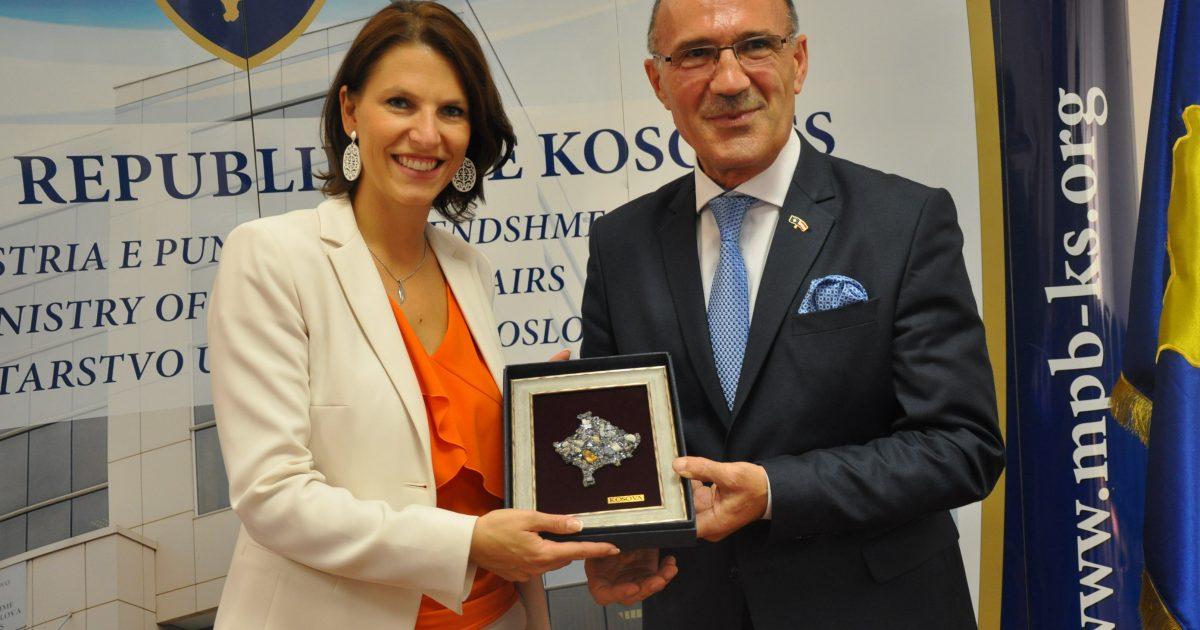 Austria mbështet anëtarësimin e Kosovës në INTERPOL