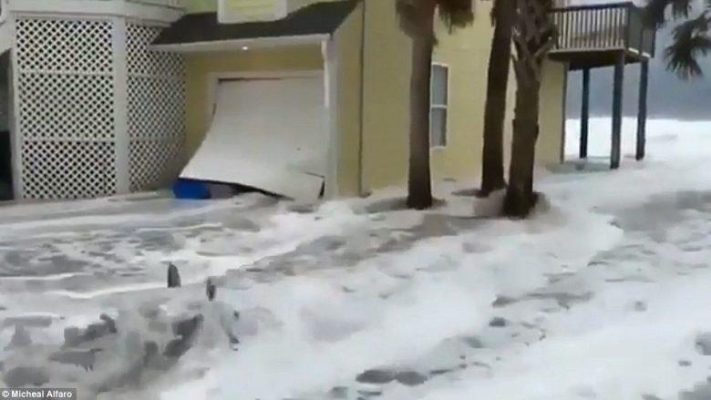 Uragani prek tokën e Karolinës së Veriut, dhjetëra të bllokuar (Foto/Video)