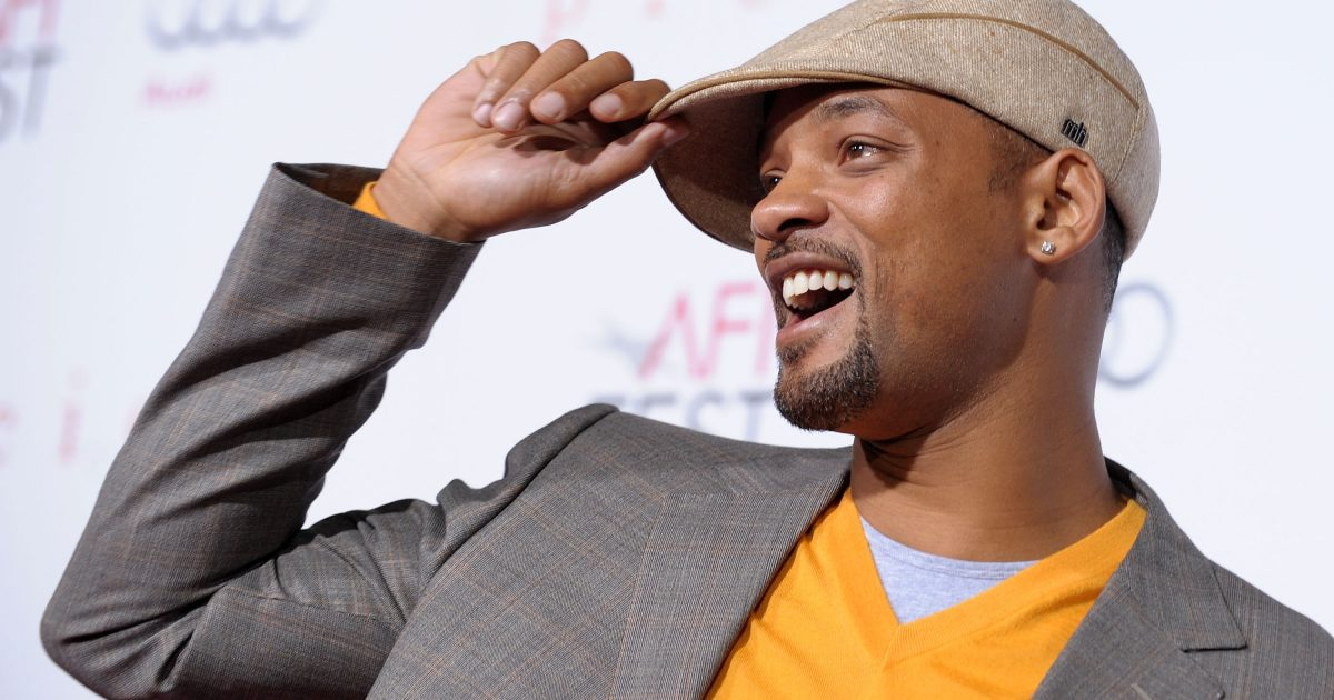 Will Smith i rikthehet repit me bashkëpunimin me Marc Anthony dhe Bad Bunny