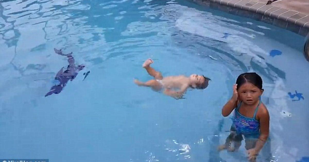 Njëvjeçarja noton si një profesioniste e vërtetë, madje del nga pishina pa ndihmën e askujt (Video)