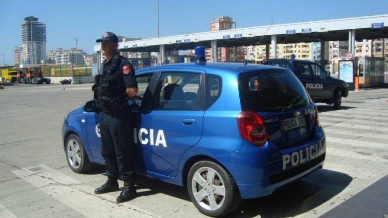 """Bllokohet në Durrës 38 vjeçari nga Kosova, """"Range Rover"""" që e voziste rezultoi i vjedhur jashtë shtetit"""