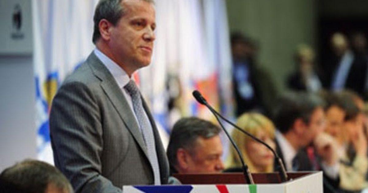 Sholtes shpreson për marrëveshje Kosovë-Serbi në muajt e ardhshëm