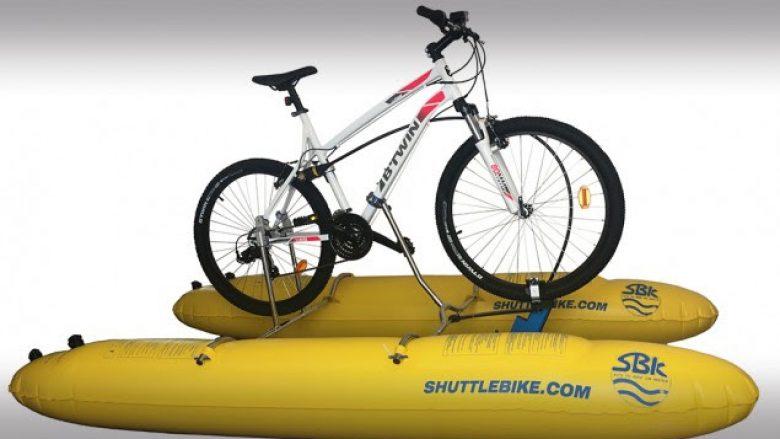 Një biçikletë që mund ta përdorni edhe në ujë (Video)