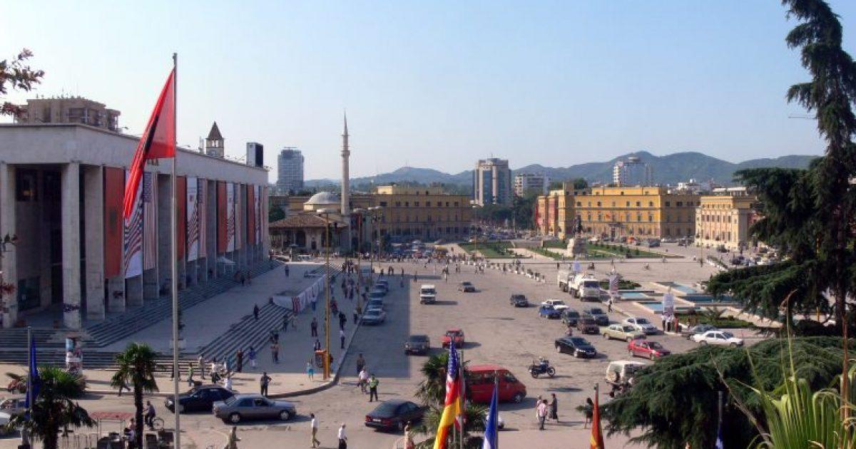 Mot i nxehtë në Shqipëri