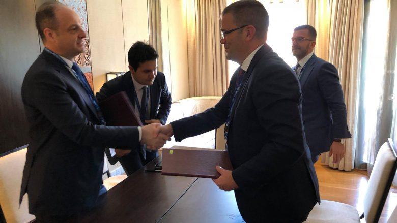 Kosova dhe Turqia nëshkraujnë Marrëveshje për bashkëpunim në sektorin bankar