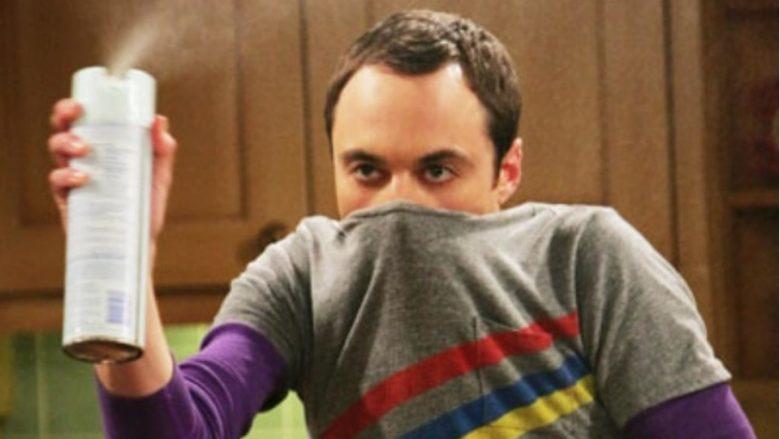 Tri mënyra për ta larguar erën e keqe të gojës brenda 5 minutave