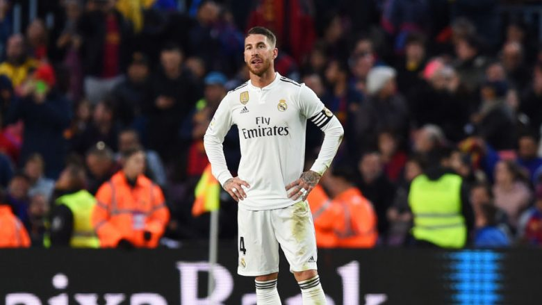 Sergio Ramos of Real Madrid looks dejected as Luis Suarez of Barcelona scores his sides third goal during the La Liga match between FC Barcelona and Real Madrid CF at Camp Nou on October 28, 2018 in Barcelona, Spain.  (Photo by Alex Caparros/Getty Images)