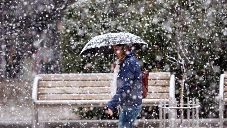 Sot fjolla bore në male, nga e premtja sërish ngritje temperaturash