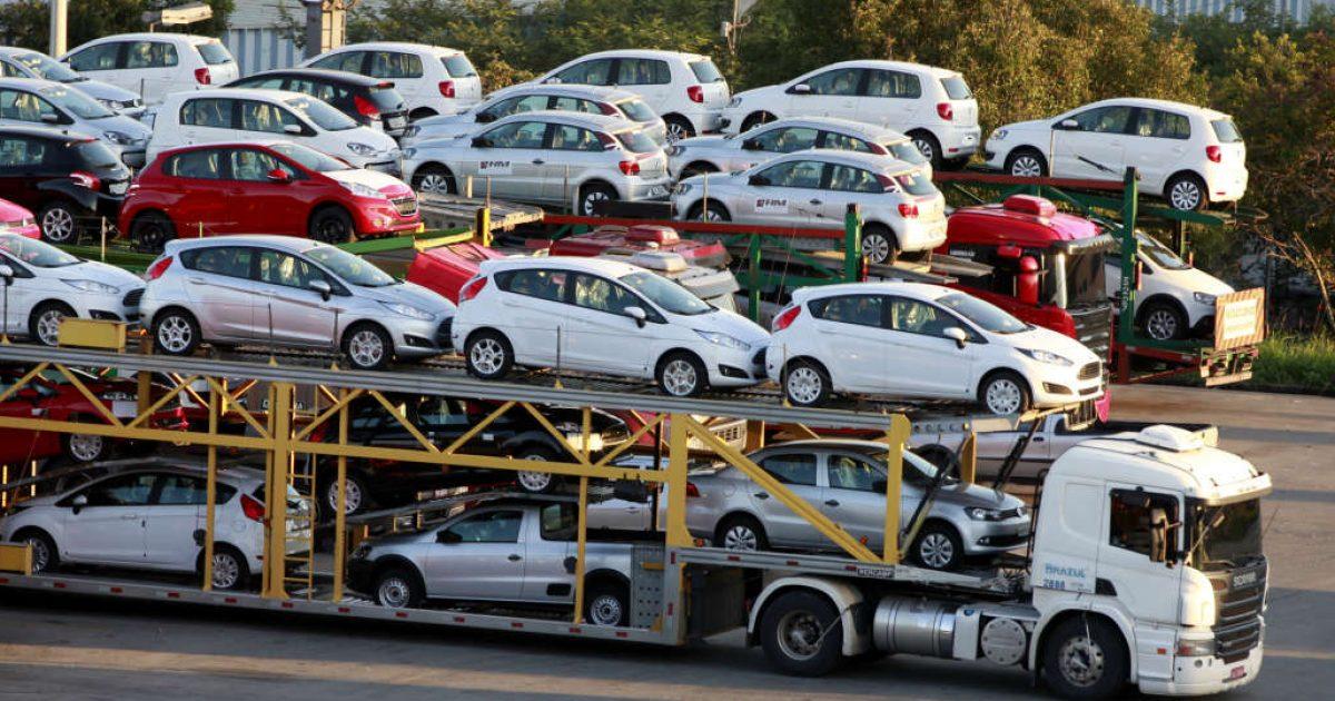 Shqipëria do të lejojë importin e automjeteve të vjetra