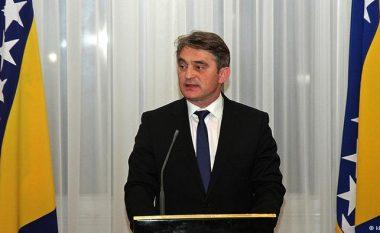 Komshiq: Kosova është shtet i pavarur