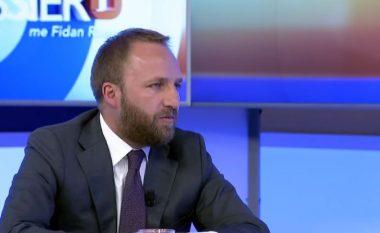 Tahiri: Vjosa Osmani pioniere e shokut Albin (Video)