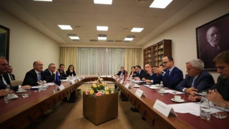 Shqipëri- Kosovë, përgatitje për mbledhjen e përbashkët në Pejë