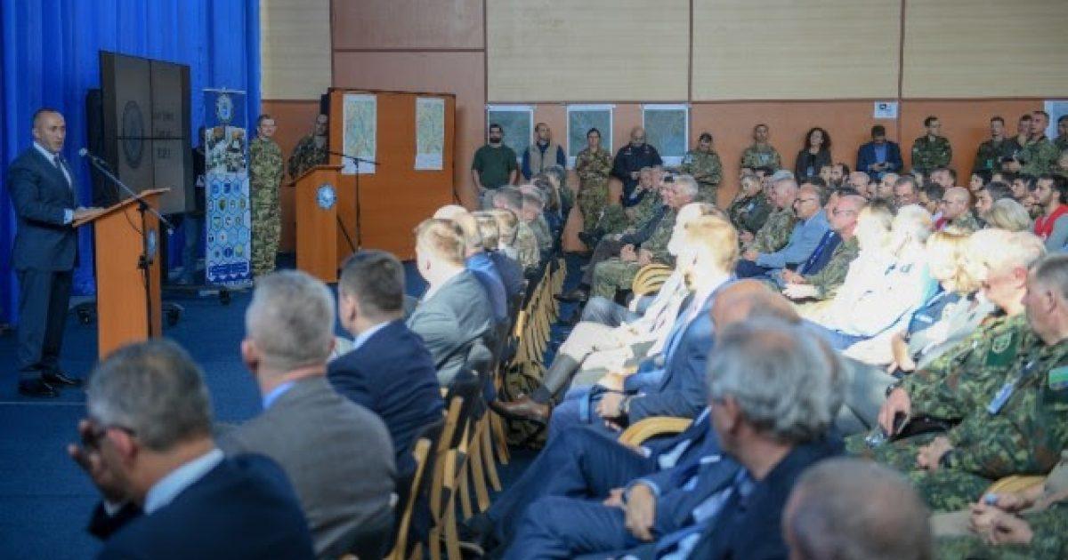 Haradinaj falënderon KFOR-in për shërbimin në Kosovë