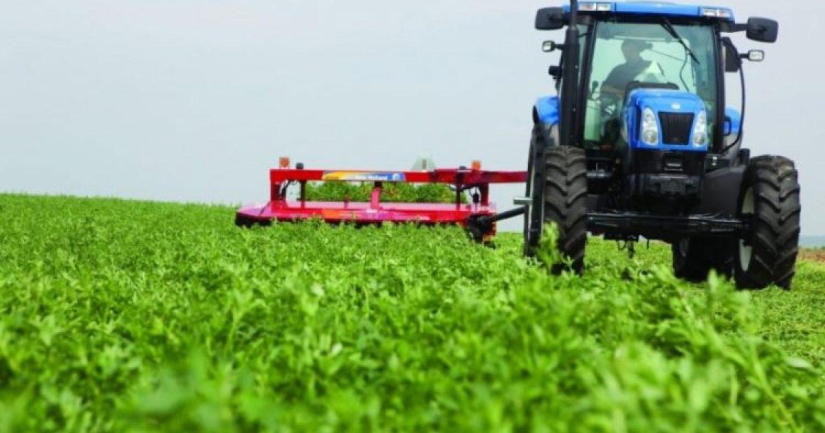 Shqipëri heq taksën për importin e makinerive bujqësore