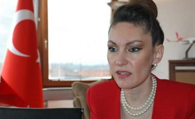 Aksidenti me të vdekur në rrugën Prishtinë – Gjilan, lëndohet ambasadorja e Turqisë