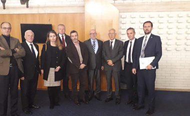 Lluka takon përfaqësuesit e Mekanizmit Ndërkombëtar të Tribunaleve Penale në Bosnje