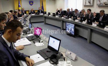 Qeveria e Kosovës vendos taksë 100% për prodhimet e Serbisë