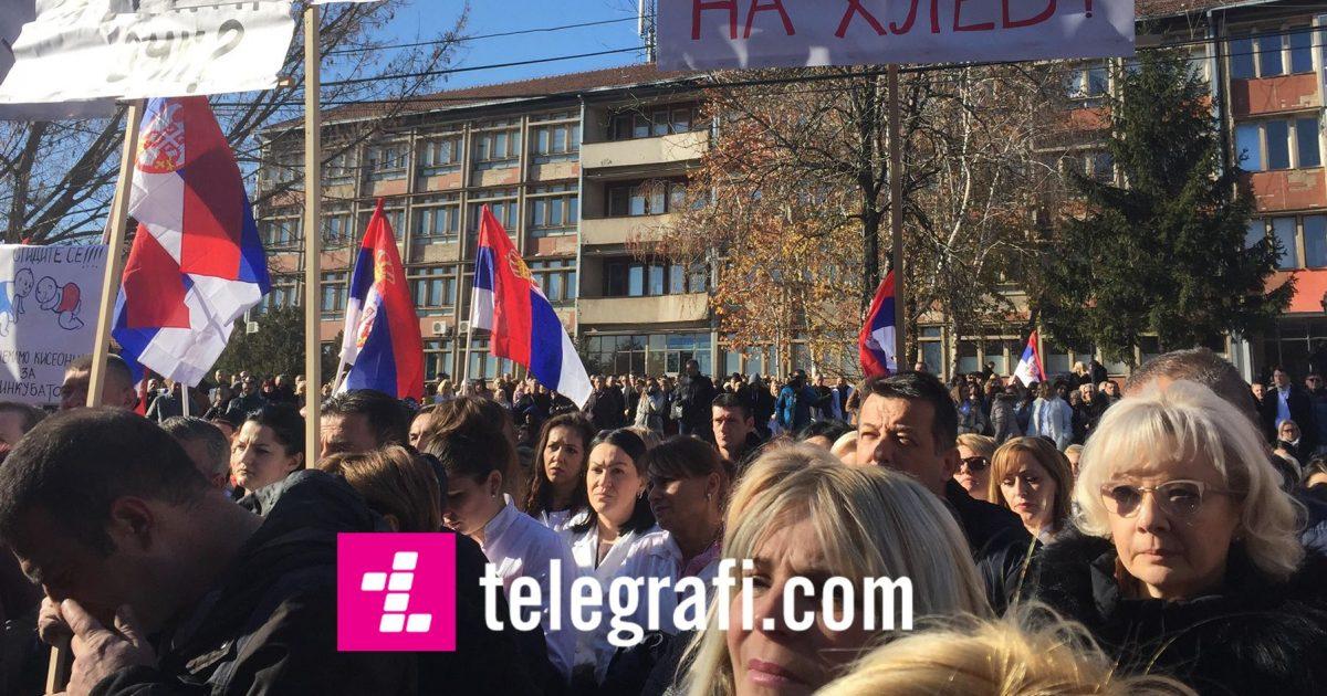 Shkak taksa ndaj produkteve serbe, sot protestuan edhe punëtorët e shëndetësisë në veri