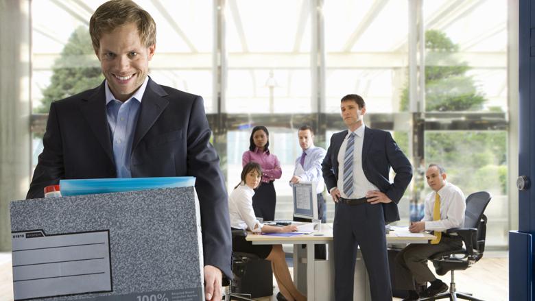 Shtatë arsyet pse punonjësit më të mirë japin dorëheqjen, edhe kur ata e pëlqejnë punën që bëjnë