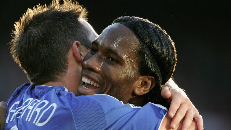 Didier Drogba duke festuar golin me Lampardin në miqësoren kundër Feyenoordit (Foto: Phil Cole/Getty Images/Guliver)
