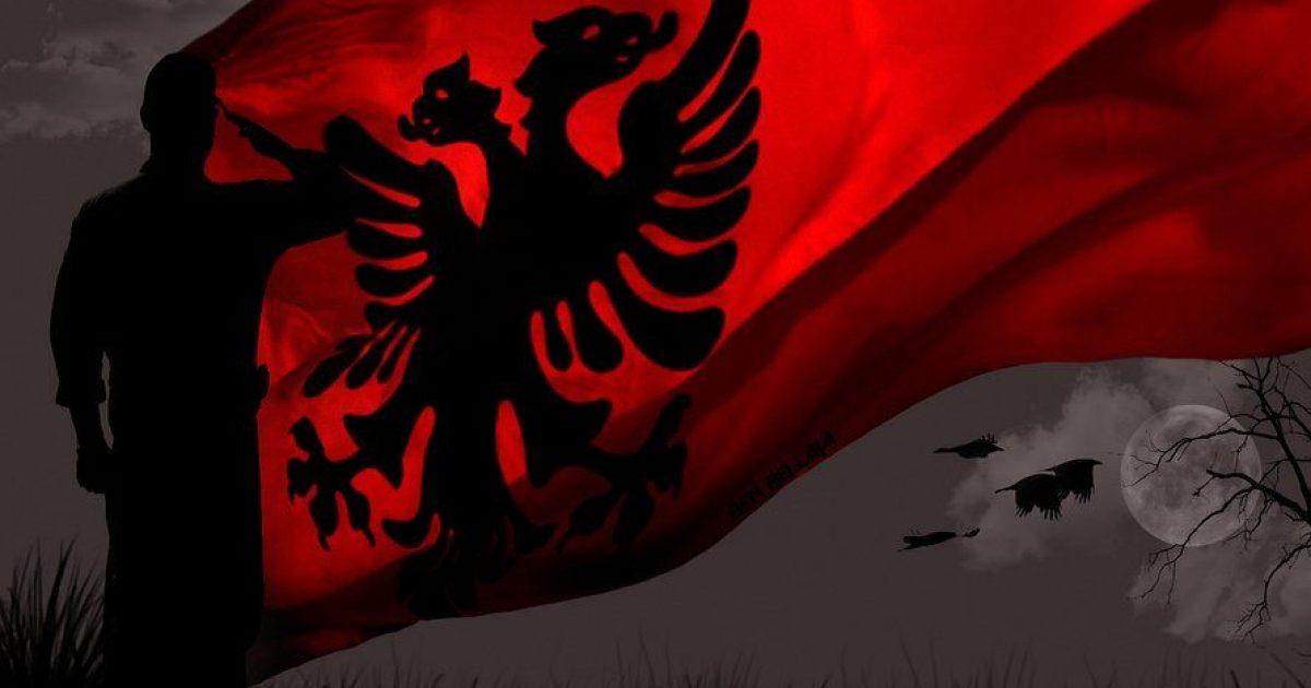 Yjet shqiptare urojnë festën e 28 nëntorit
