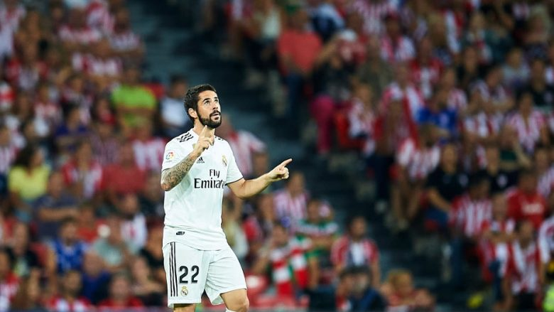 BILBAO, SPAIN - SEPTEMBER 15:  Isco Alarcon  of Real Madrid celebrates after scoring goal during the La Liga match between Athletic Club Bilbao and Real Madrid at San Mames Stadium on September 15, 2018 in Bilbao, Spain.  (Photo by Juan Manuel Serrano Arce/Getty Images)