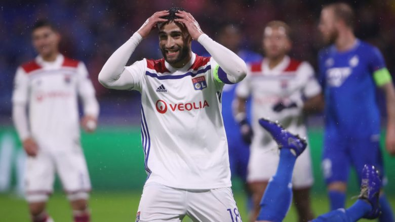 LYON, FRANCE - NOVEMBER 07:  Nabil Fekir of Lyon reacts during the Group F match of the UEFA Champions League between Olympique Lyonnais and TSG 1899 Hoffenheim at Groupama Stadium on November 7, 2018 in Lyon, France.  (Photo by Alex Grimm/Getty Images)